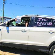 divorce-car-happy-driver